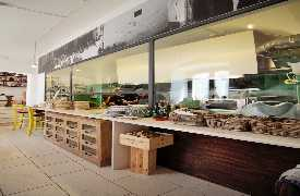 Vetrina cucina Osteria Botteghe Antiche Putignano