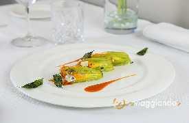 Due Cigni il ristorante Montecosaro foto 0