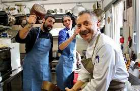 In cucina Ristorante Il Cuciniere Fano
