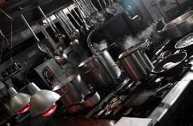 In cucina Ristorante Al Cambio Bologna