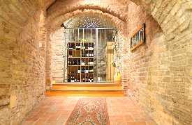 Ingresso Ristorante Taverna del Ghiottone Fano