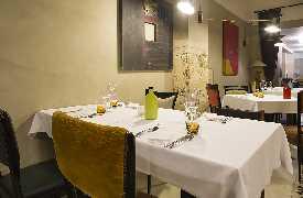 Dettaglio tavolo  Ristorante La Bull Bari