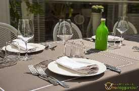 Ristorante Corteinfiore Trani foto tavolo