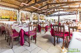 Sala da pranzo esterna Ristorante l'Aratro Bari