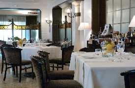 Le Colonne restaurant Caserta - Foto 2