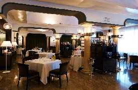Foto Le Colonne restaurant vicino a Caserta