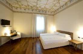 Camera Hotel Ristorante I Portici Bologna