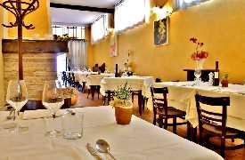 Panoramica sala da pranzo Controcorrente Osteria di Mare Morciano di Romagna