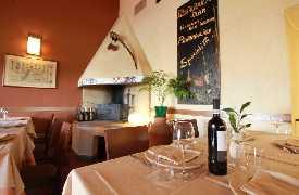Camino in sala Ristorante La Fratta San Marino