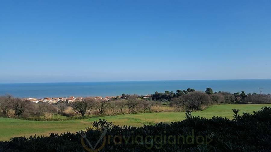 Panoramica sul mare Ristorante Isola Belgatto Fano