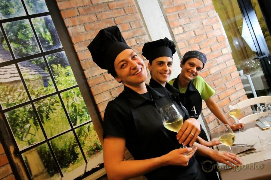 Lo staff al femminile Ristorante D'Istinto Senigallia