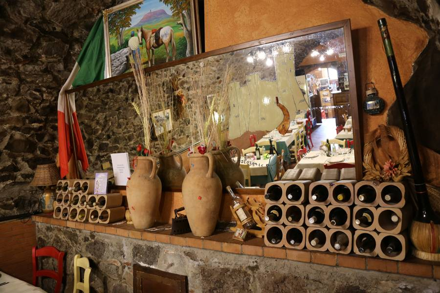 Ristorante La Grotta Radicofani foto 5