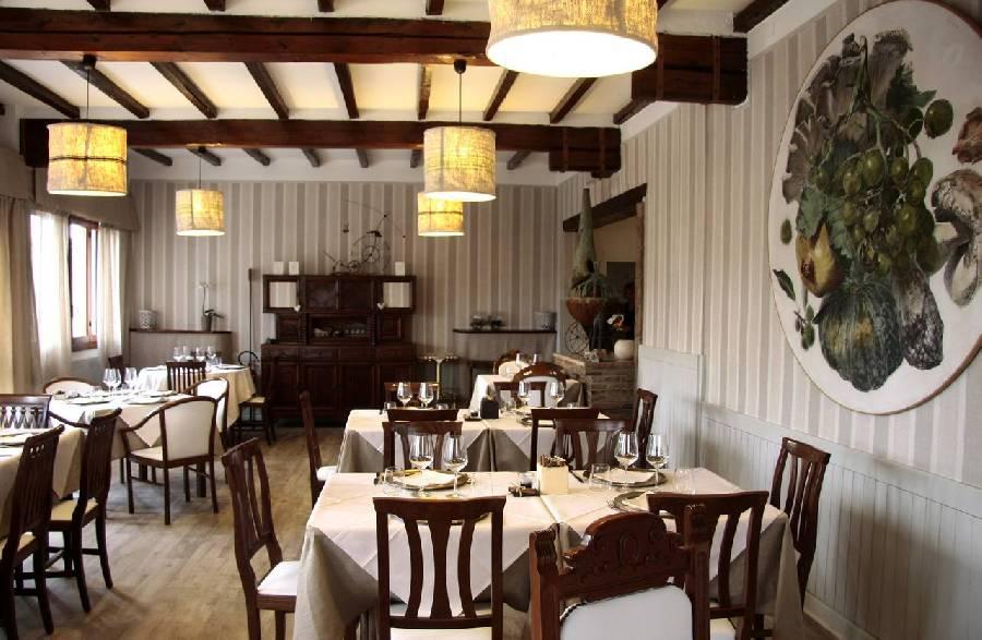 Panoramica sala da pranzo Antica Trattoria Del Reno Bologna