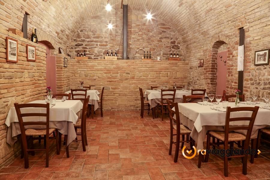 Taverna del Ghiottone Fano foto 6