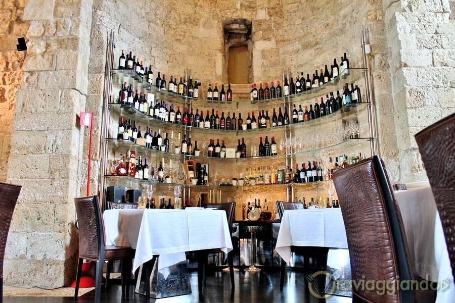 Cantina dei vini Ristorante Le Lampare Al Fortino Trani