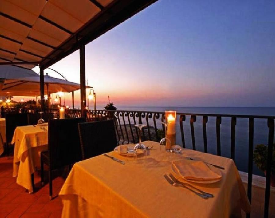 Hotel Ristorante Covo Dei Saraceni opinioni e recensioni - Polignano A Mare