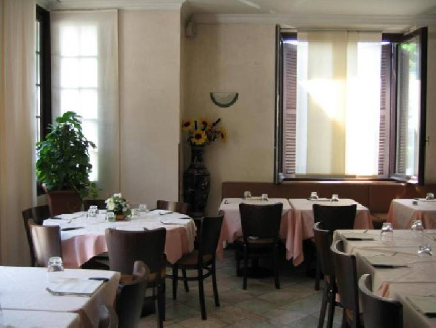 Ristorante Hotel Michelangelo Arona - Foto 1