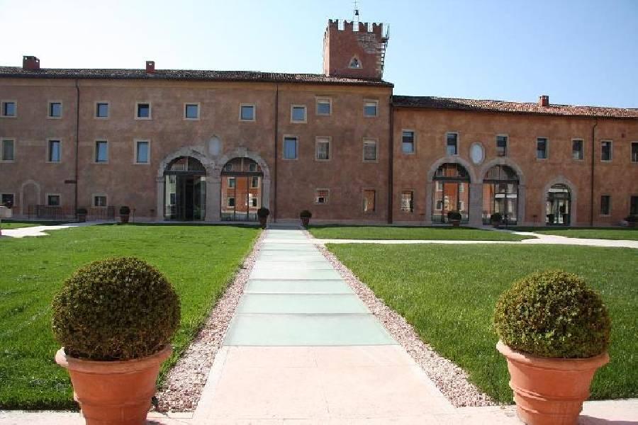 Ristorante La Tavola Villafranca di Verona - Foto 1