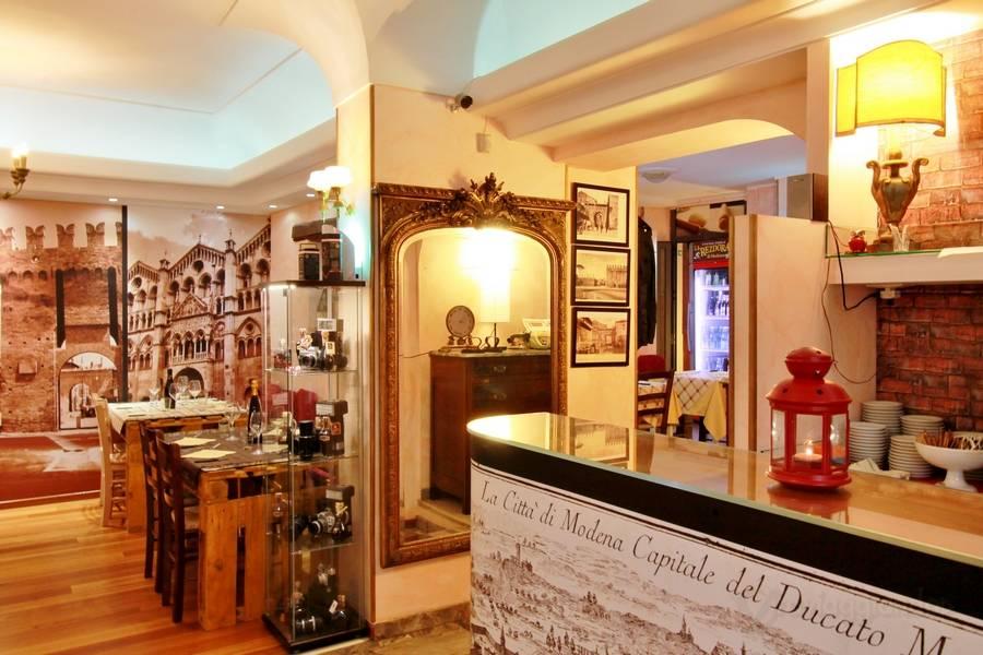 Foto La Rezdora cucina emiliana Fano