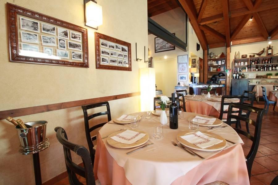 Tavolo per quattro Ristorante La Fratta San Marino