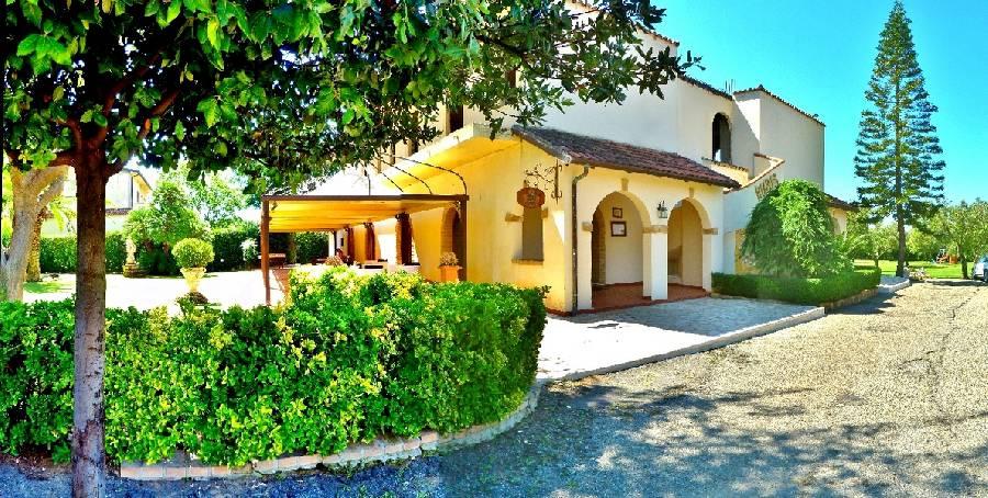 Ristorante Ruris Isola Di Capo Rizzuto - Foto 1