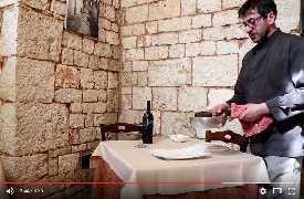 Filetto al Primitivo con mandorle tostate ristorante Olmo Bello Alberobello